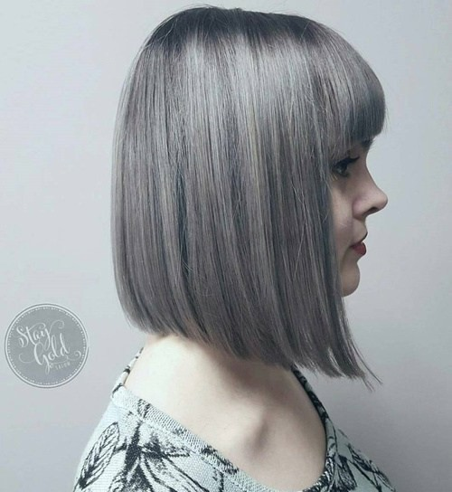 Straight Bob Hairut with Bangs