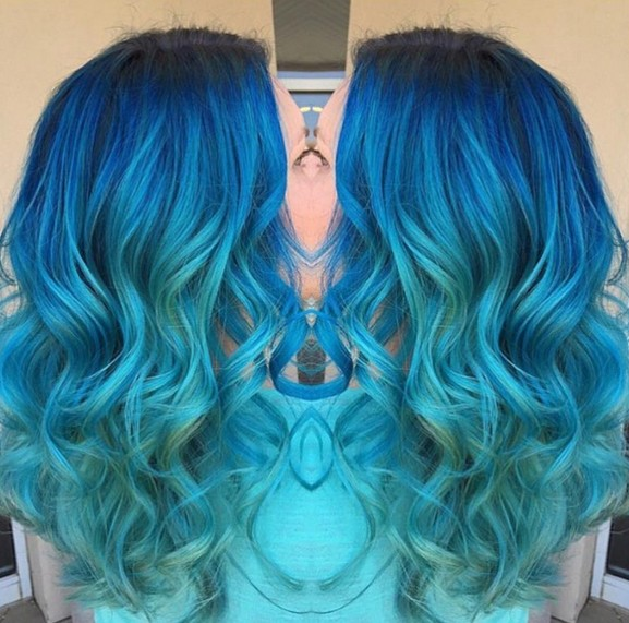 Curly Long Hair Styles - Aqua Blues