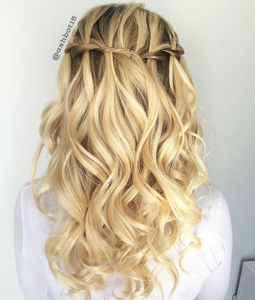 Pretty Blonde Curls