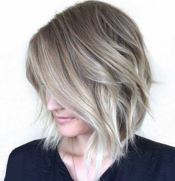 Soft Blend Bob - Balayage with Short Wavy Hair