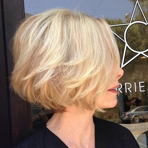 Stylish Stacked Short Bob Hair Cuts - Short Hairstyle Ideas for Women Over 40, 50, 60