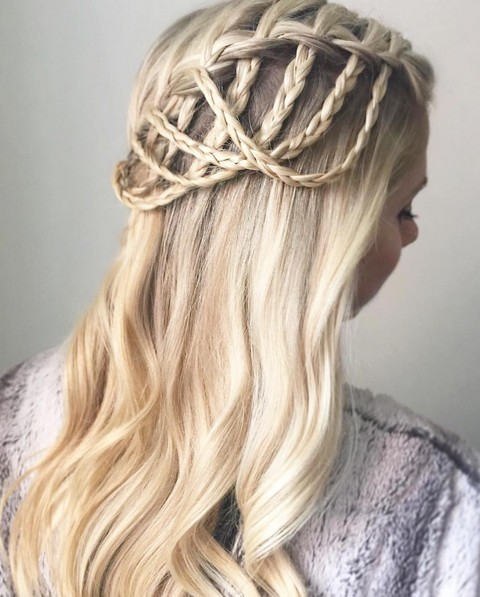 20 einfache, schöne Wasserfall Braid Styles für kurzes, mittleres und langes Haar