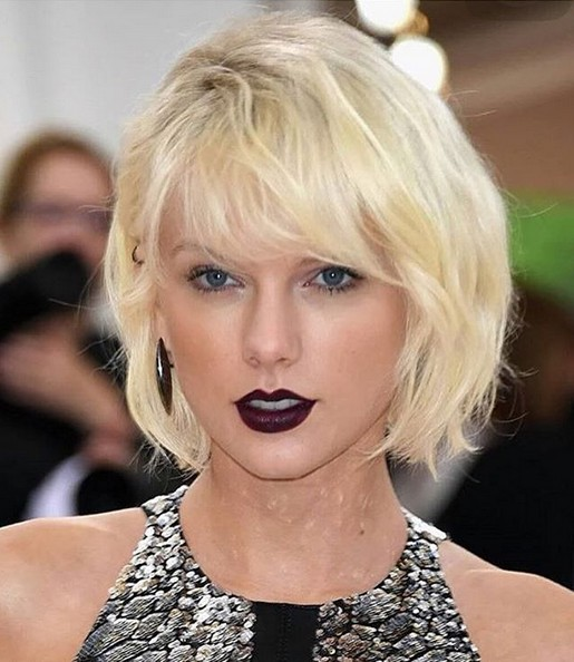 Casual, Everyday Haircuts with Short Fine Hair - Messy, Blonde Bob Hairstyle