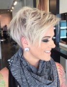 Cutest platinum pixie! Pretty Short Hair Styles for Summer