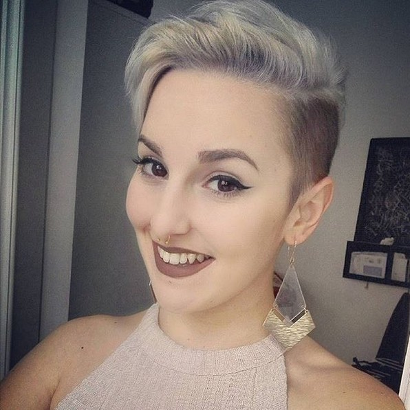 Side Cuts with Short Hair - Cute Pixie Hairstyle for Fine Hair