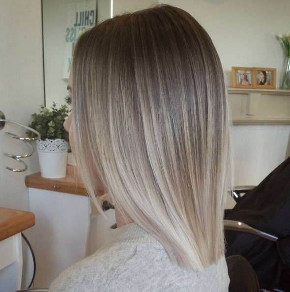 A Beautiful cool toned Color - Blunt Lob Hair Styles