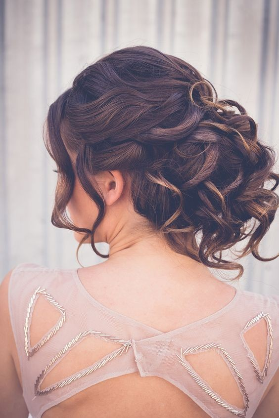 10 Elegant Hairstyles For Prom Best Prom Hair Styles 2016 2017 Trubridal Wedding Blog