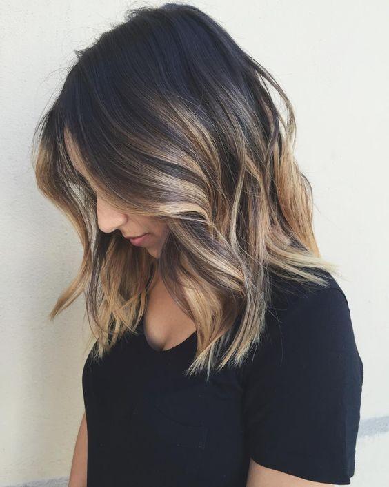 10 Balayage Frisuren für schulterlanges Haar