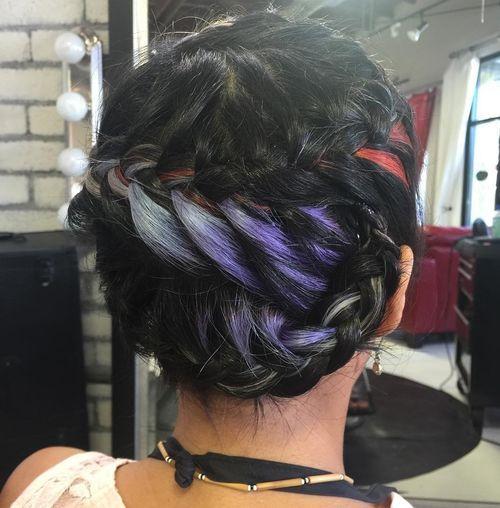 20 stilvolle hervorgehobene Frisuren für Frauen