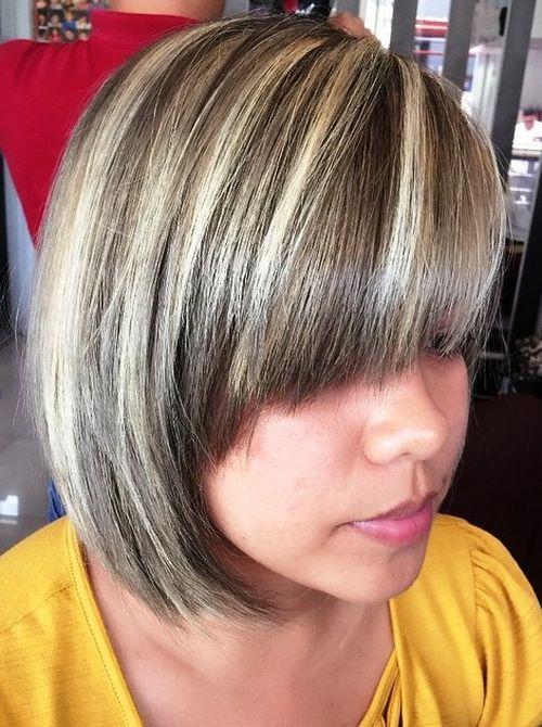 20 stilvolle Designs, um Silber und weißes Haar zu haben