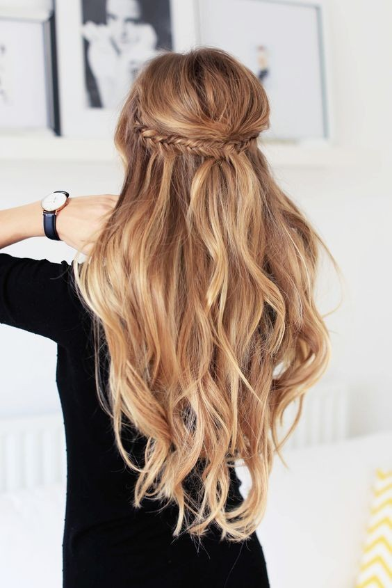 Captivating Wavy Fishtail Half Updo: Long Hairstyle With Braid