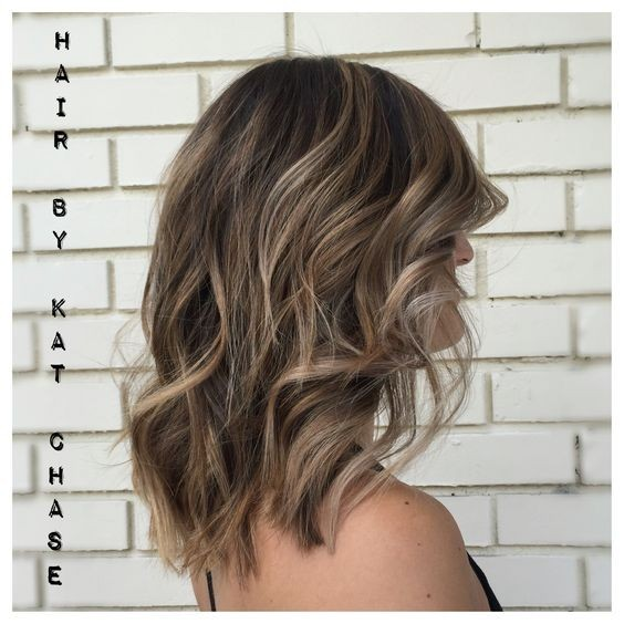 Balayage Medium Hairstyles for Thick Hair - Ash blonde balayage highlights on medium hair