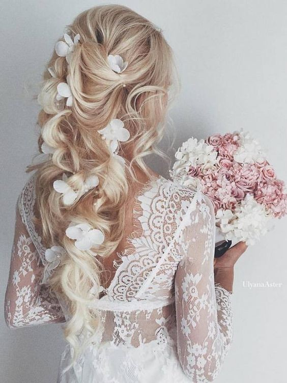 Chic, Romantic Bridal Wedding Hairstyles with Long Hair