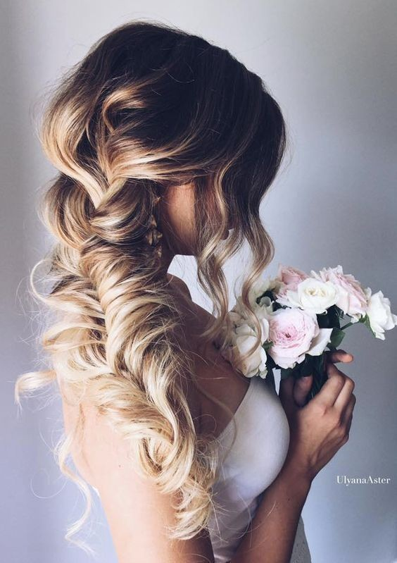 10 pretty braided hairstyles for wedding wedding hair. Black Bedroom Furniture Sets. Home Design Ideas