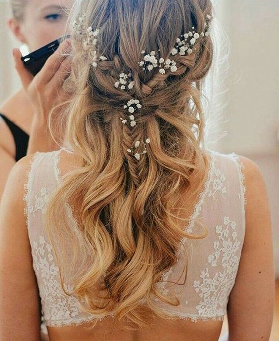 Relaxed and Casual wedding Hairstyle