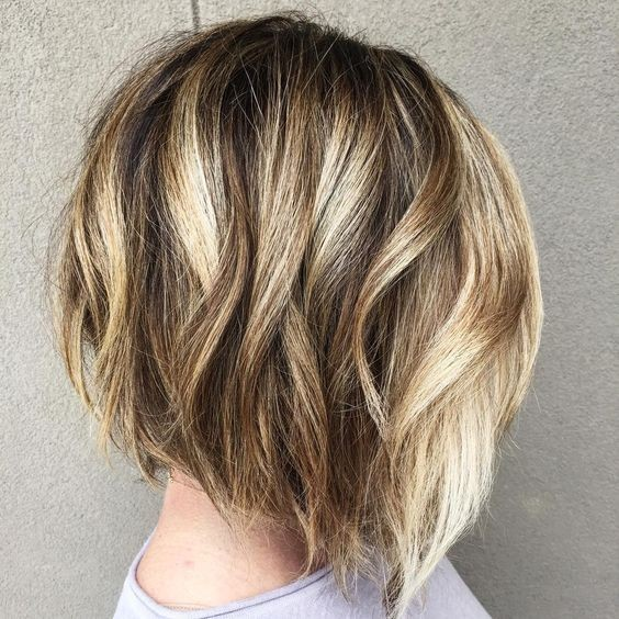 Short haircuts with blonde hair