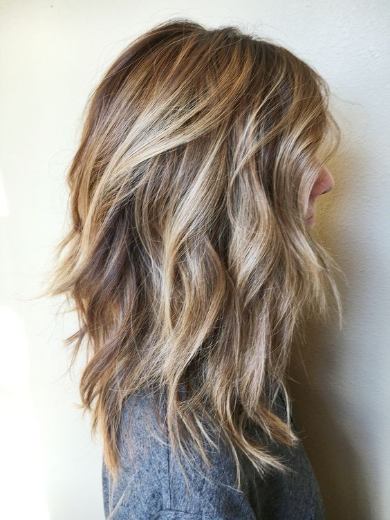 Messy Curly Haircut for Shoulder Length Hair - Balayage Hairstyles for Women Thick Hair