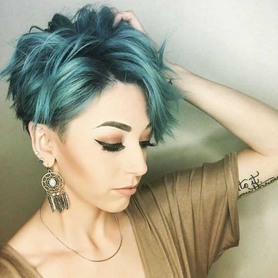 Stylish Hair Color Ideas for Short Hair - Pixie Haircuts with Thick Hair