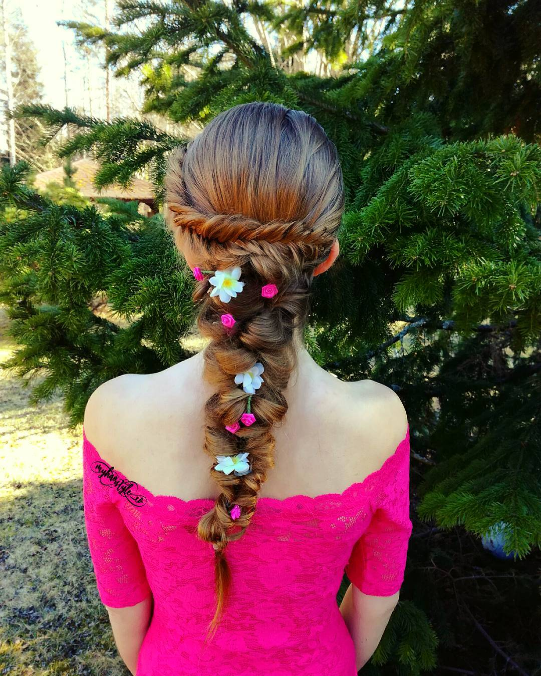 10 Cute, Cool, Messy & Elegant Hairstyles for Prom Looks You'll Love! - PoPular Haircuts