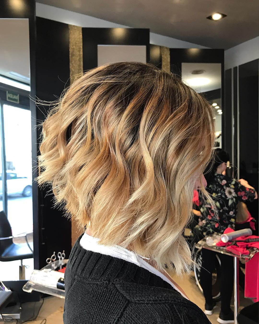 10 Layered Bob Hairstyles - Look Fab in New Blonde Shades! - PoPular ...