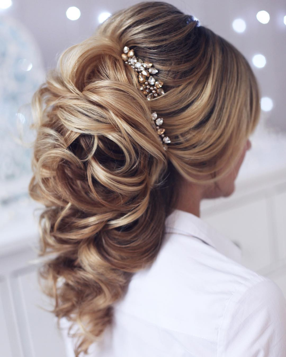 Curly Hairstyles For Long Hair For Wedding: 10 Lavish Wedding Hairstyles For Long Hair