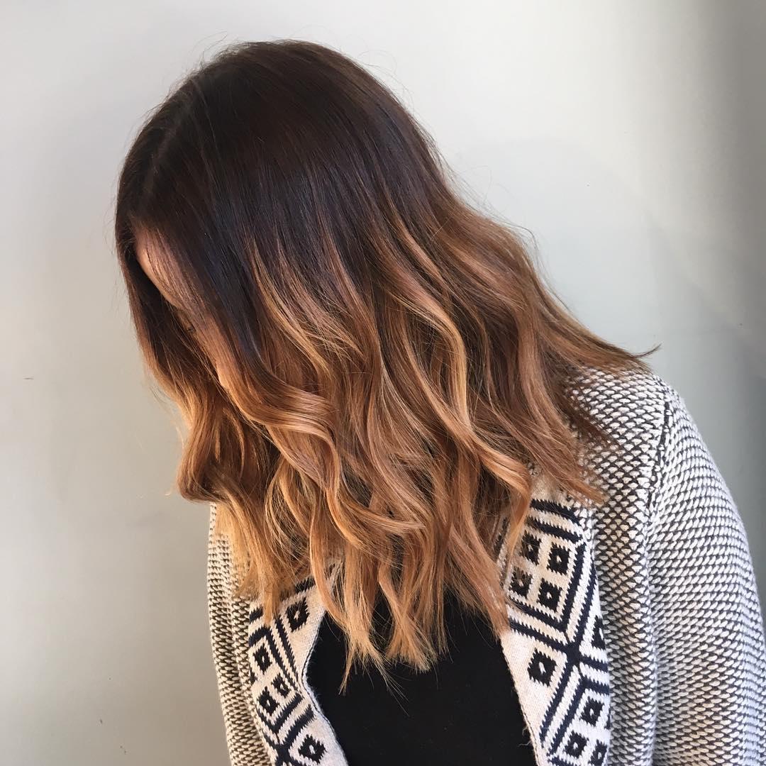 10 tägliche mittlere Frisuren für dickes Haar - einfach trendy & sehr stilvoll!