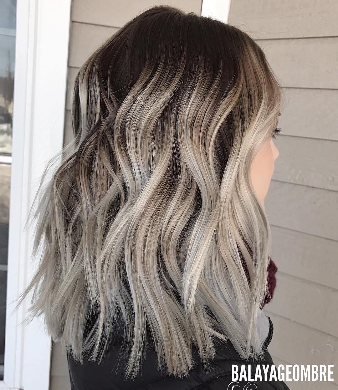 10 Medium Layered Frisuren in Beige, Braun und Ash-Blonde Fashion Farben