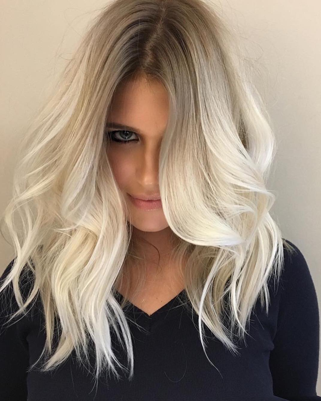 10 cute medium hairstyles with gorgeous color twists