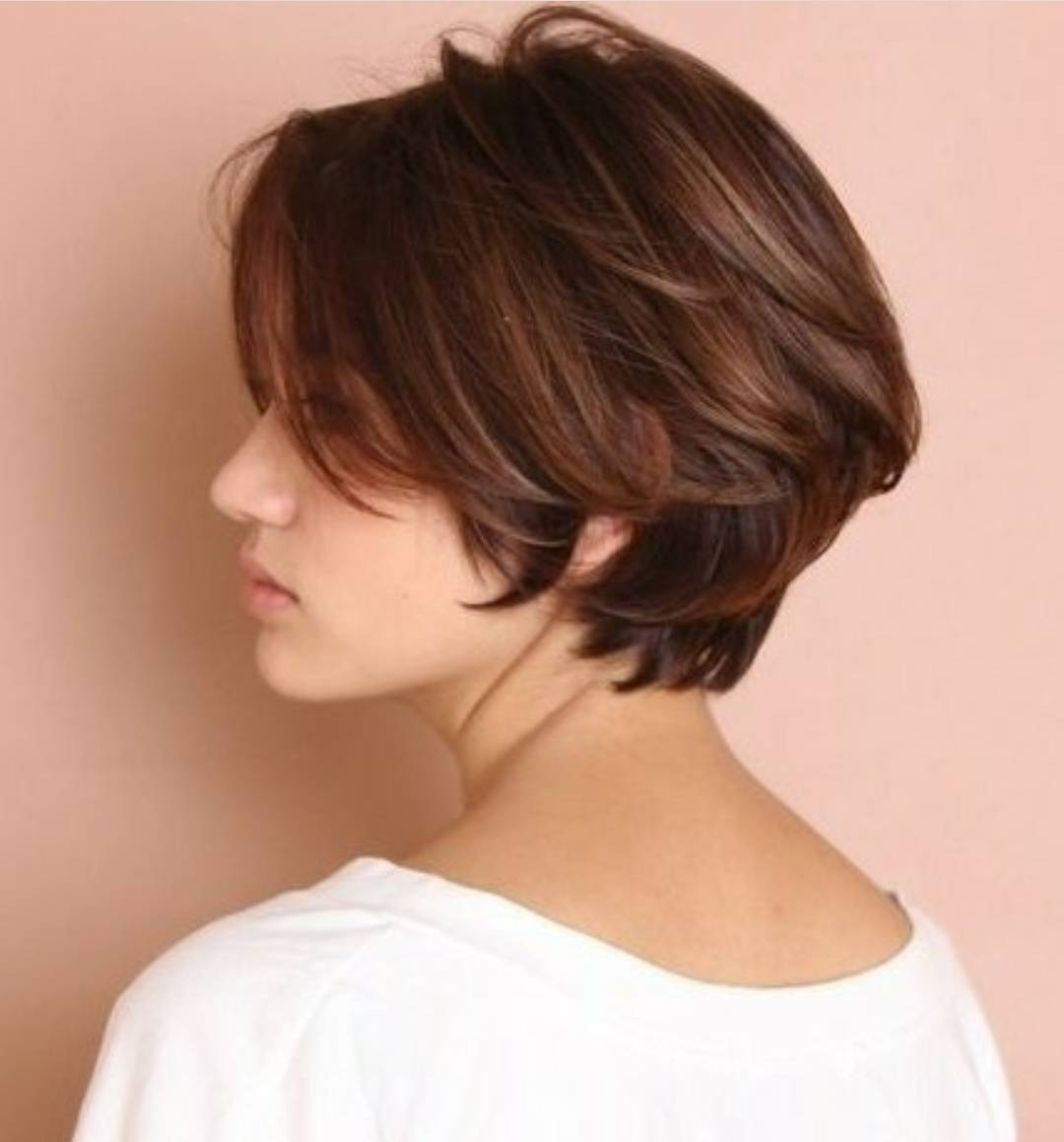 10 Chic Short Bob Haircuts That Balance Your Face Shape Short