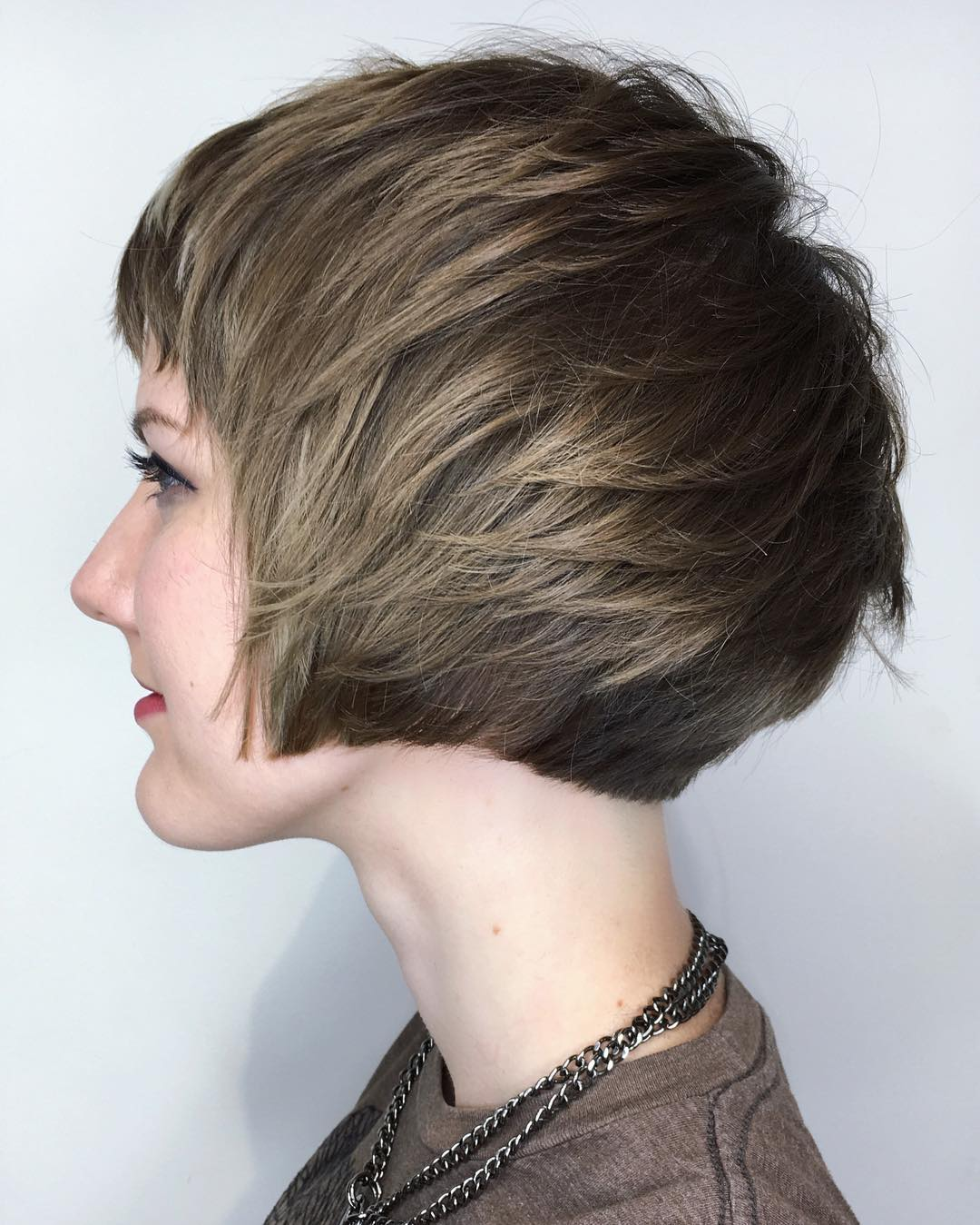 10 Best Short Straight Hairstyle Trends 2020