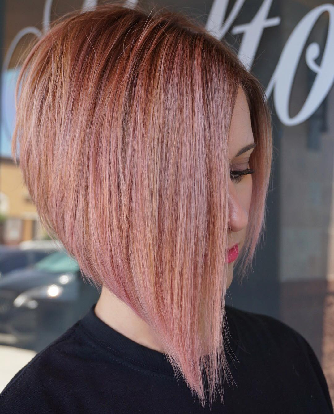 d680c518f18b4 Cute copper roots on faded pink bob – short haircut for thick hair idea