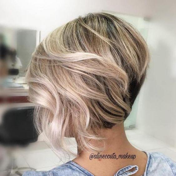 10 Latest Inverted Bob Haircuts 2020