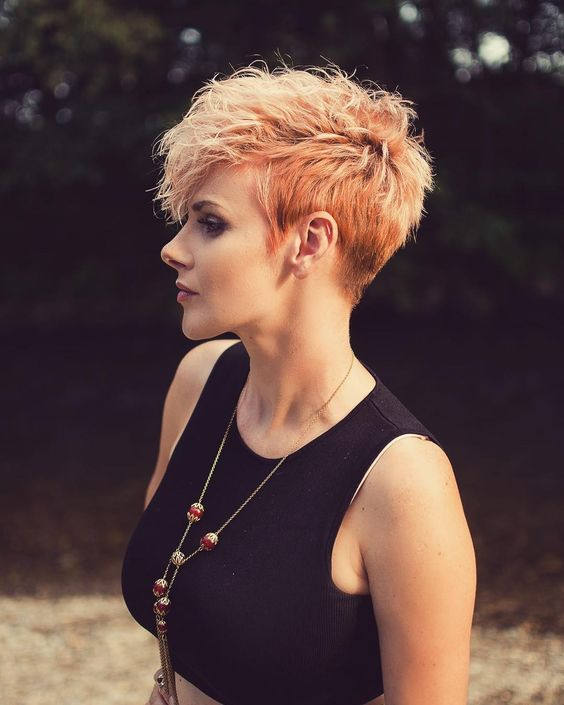 10 Trendy Pixie Hair Cut For Blondes Amp Brunettes 2020