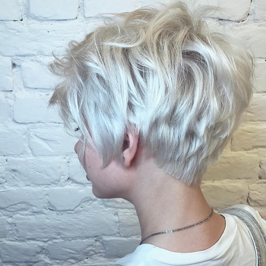 Latest Short Haircut for Fine Hair, Stylish Short Hair in 2018