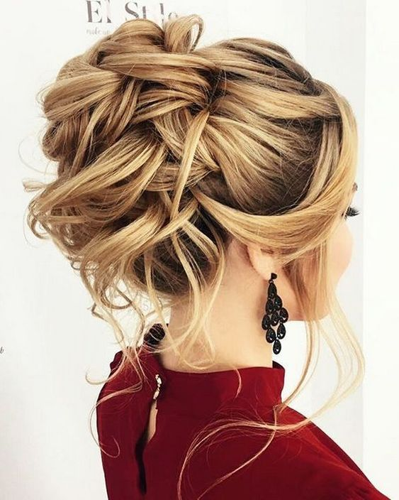 put up hair style 10 updos for medium length hair from top salon stylists 8644
