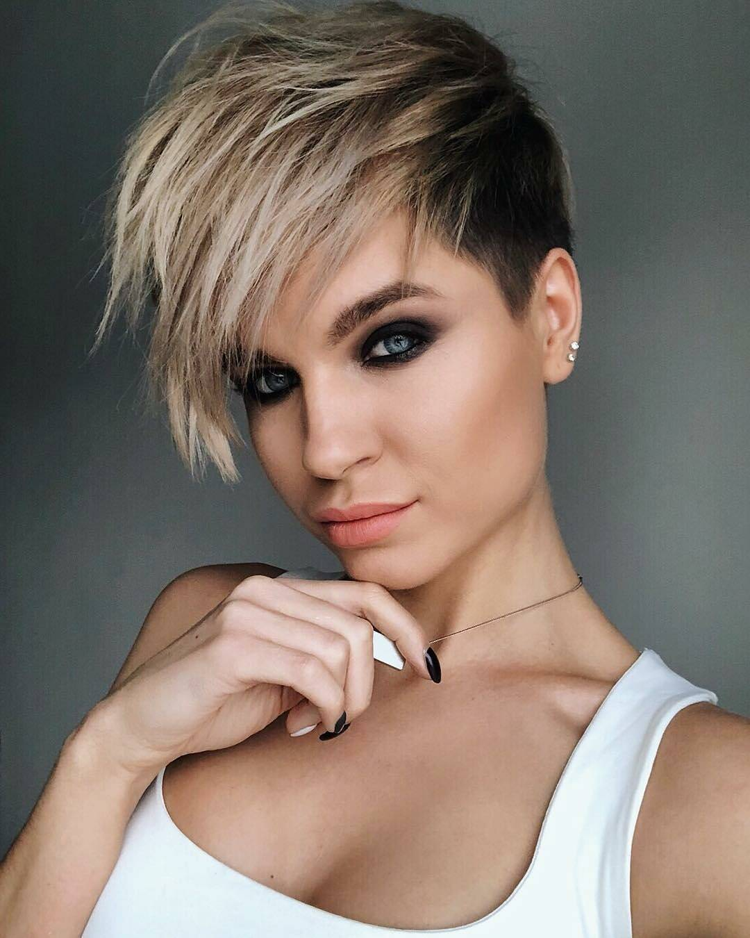 short haircuts for women with thick hair 10 new hairstyles for thick hair 2019 9827 | chic short hairstyles for thick hair women short haircut 2018 3