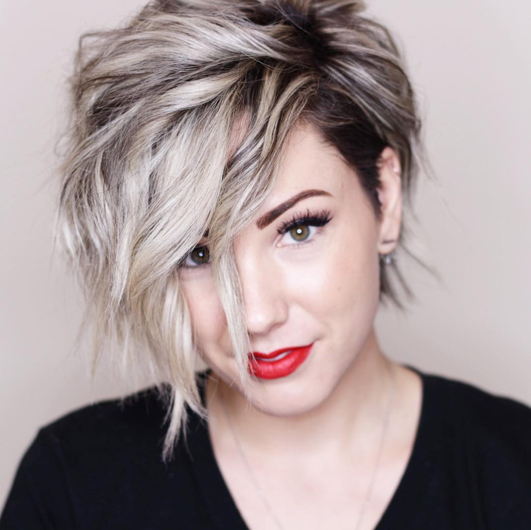 Chic Short Hairstyles For Thick Hair Women Short Haircut 2018 Popular Haircuts