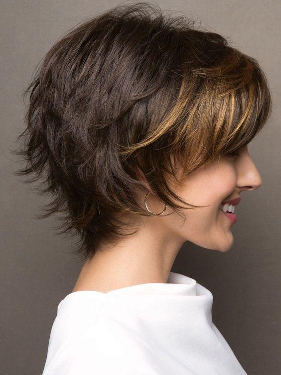 10 stilvolle Pixie Haarschnitte in ultra-modernen Formen
