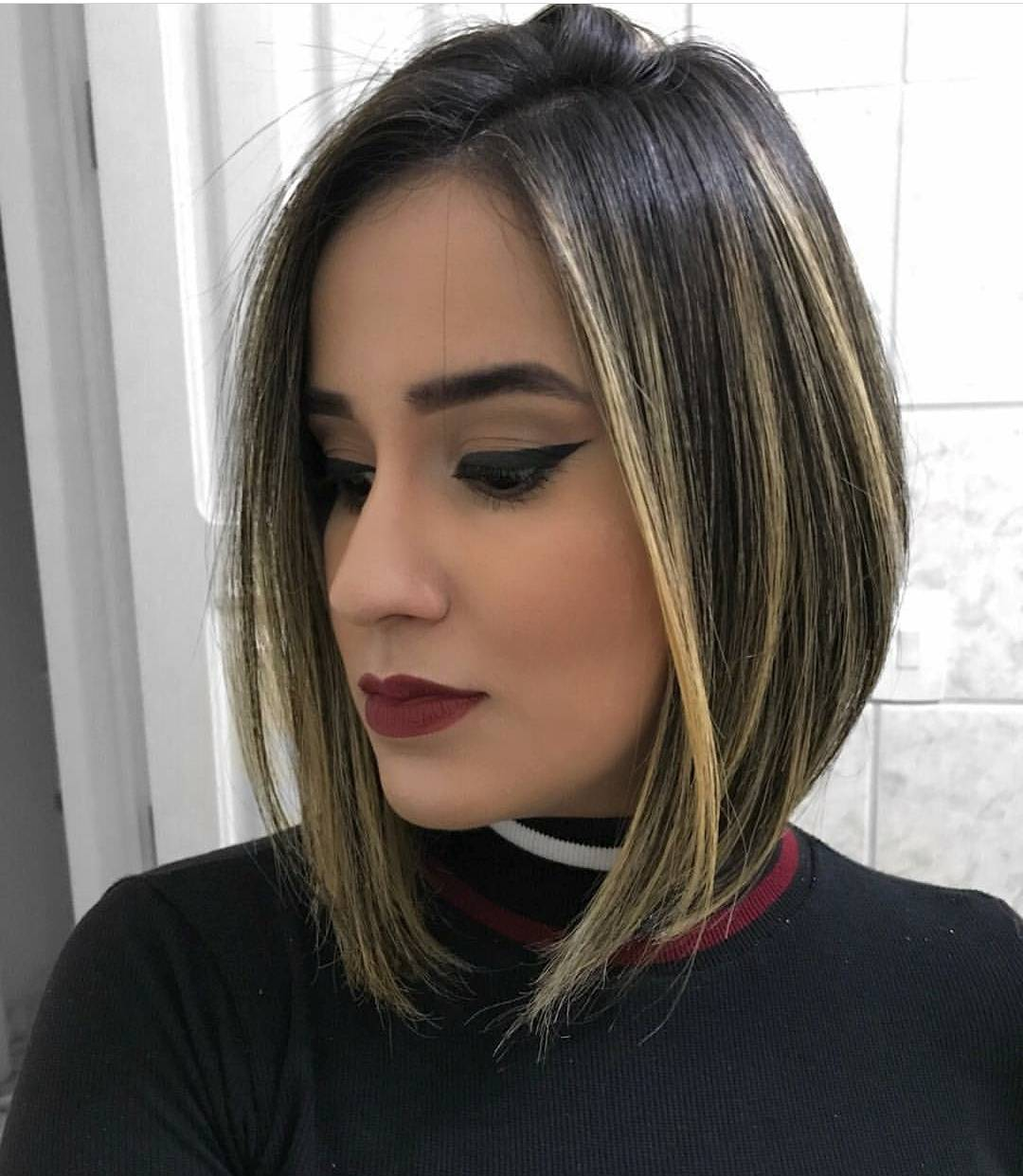 Chic Medium Bob Haircut For Women Shoulder Length Bob Hairstyle