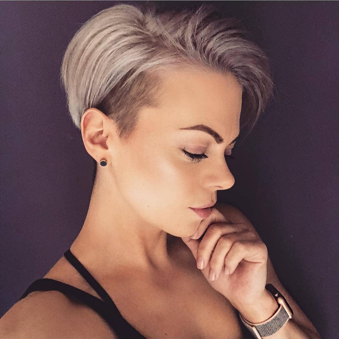 10 Beautiful Asymmetrical Short Pixie Haircuts