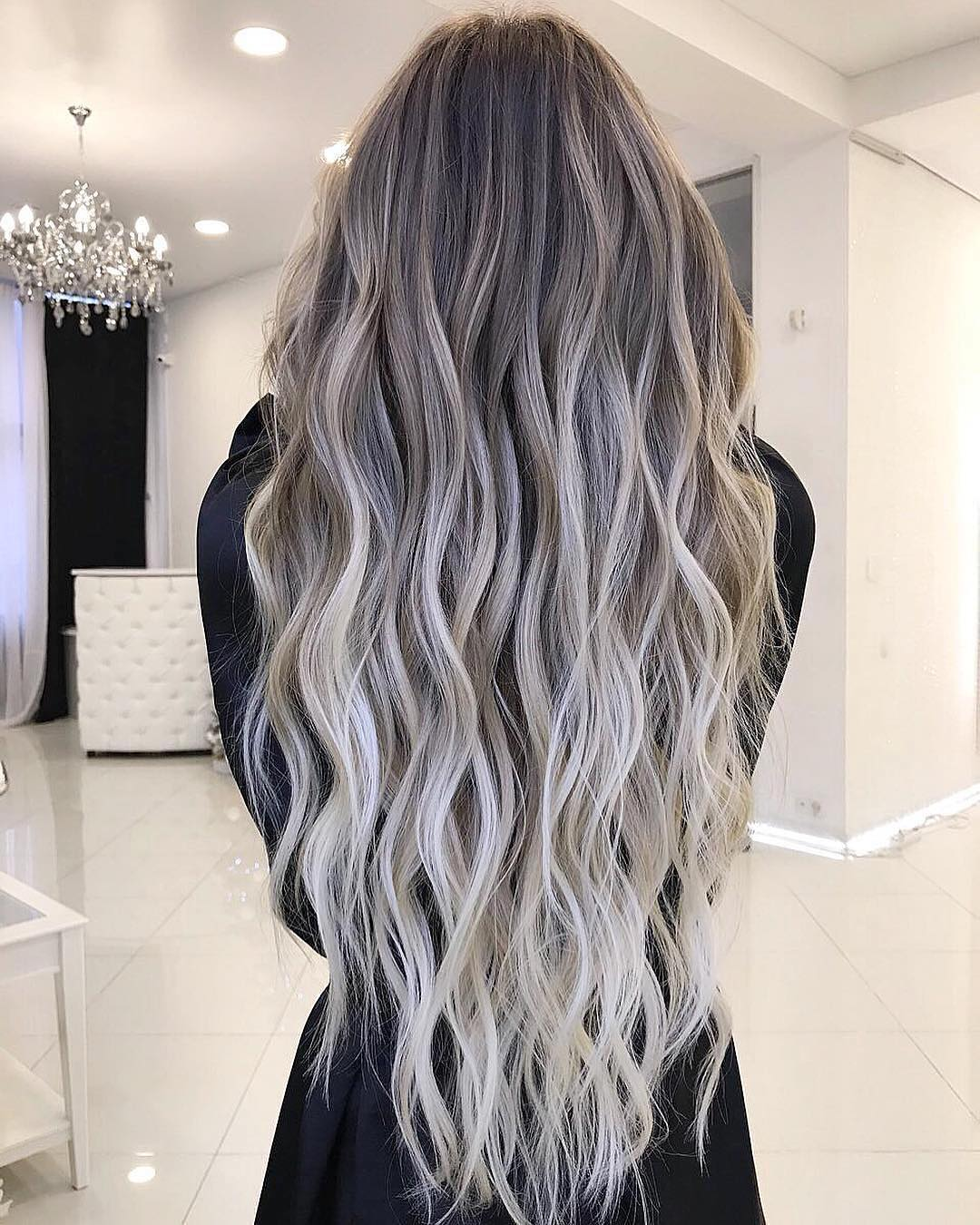 10 balayage ombre long hair styles from subtle to stunning long hair 2019. Black Bedroom Furniture Sets. Home Design Ideas