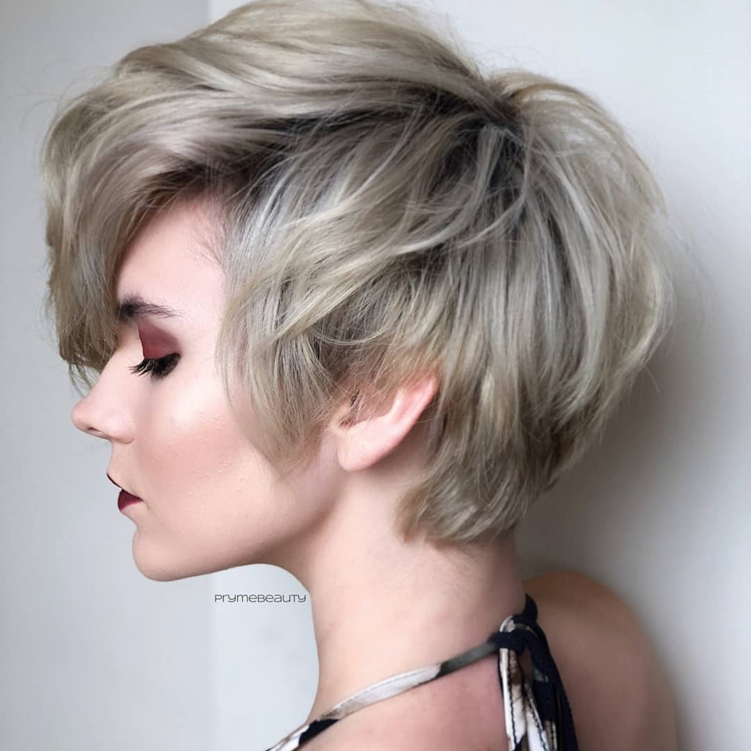 Easy Short Layered Hairstyles, Stylish Short Haircut for Women