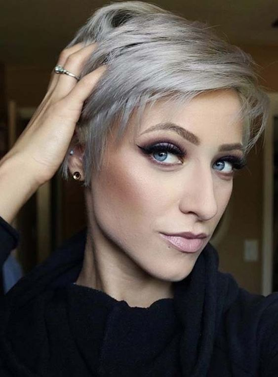 10 Short Hair Color for Female Fashion Fans, Short Hairstyle Ideas 2020