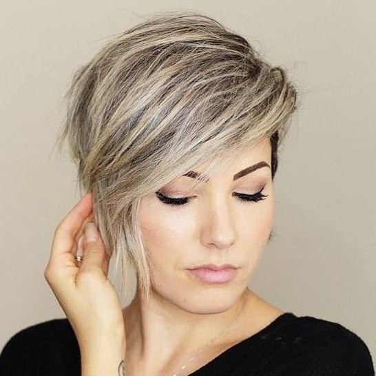 Stylish Short Hairstyles For Thick Hair Women Short Haircut Ideas 2019