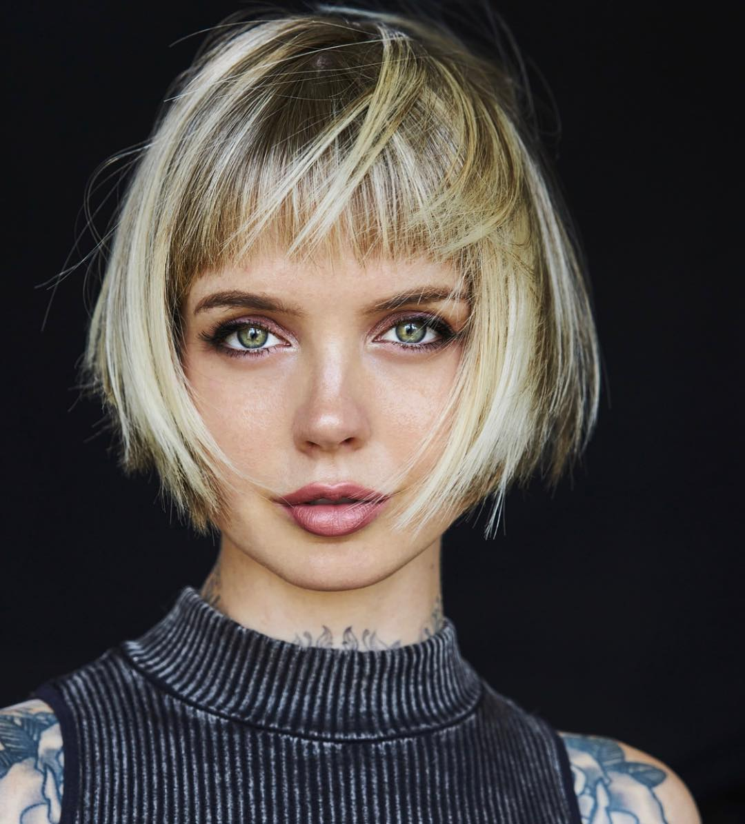 Short Hairstyles for Thick Hair, Women Short Haircut Ideas 2019