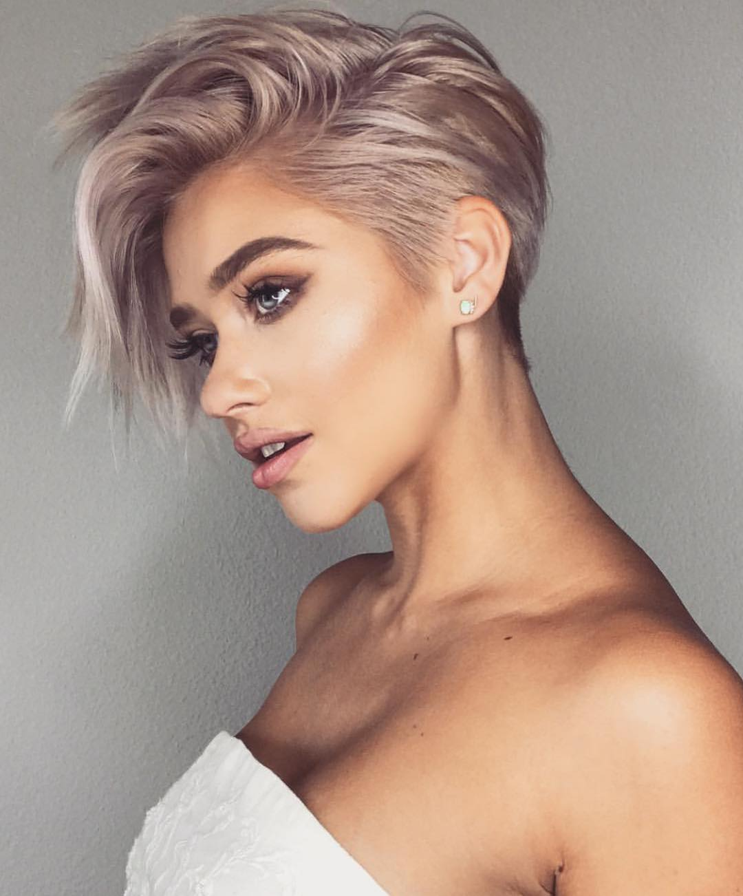 Very Short Haircut for Female, Short Pixie Haircuts and Hairstyles