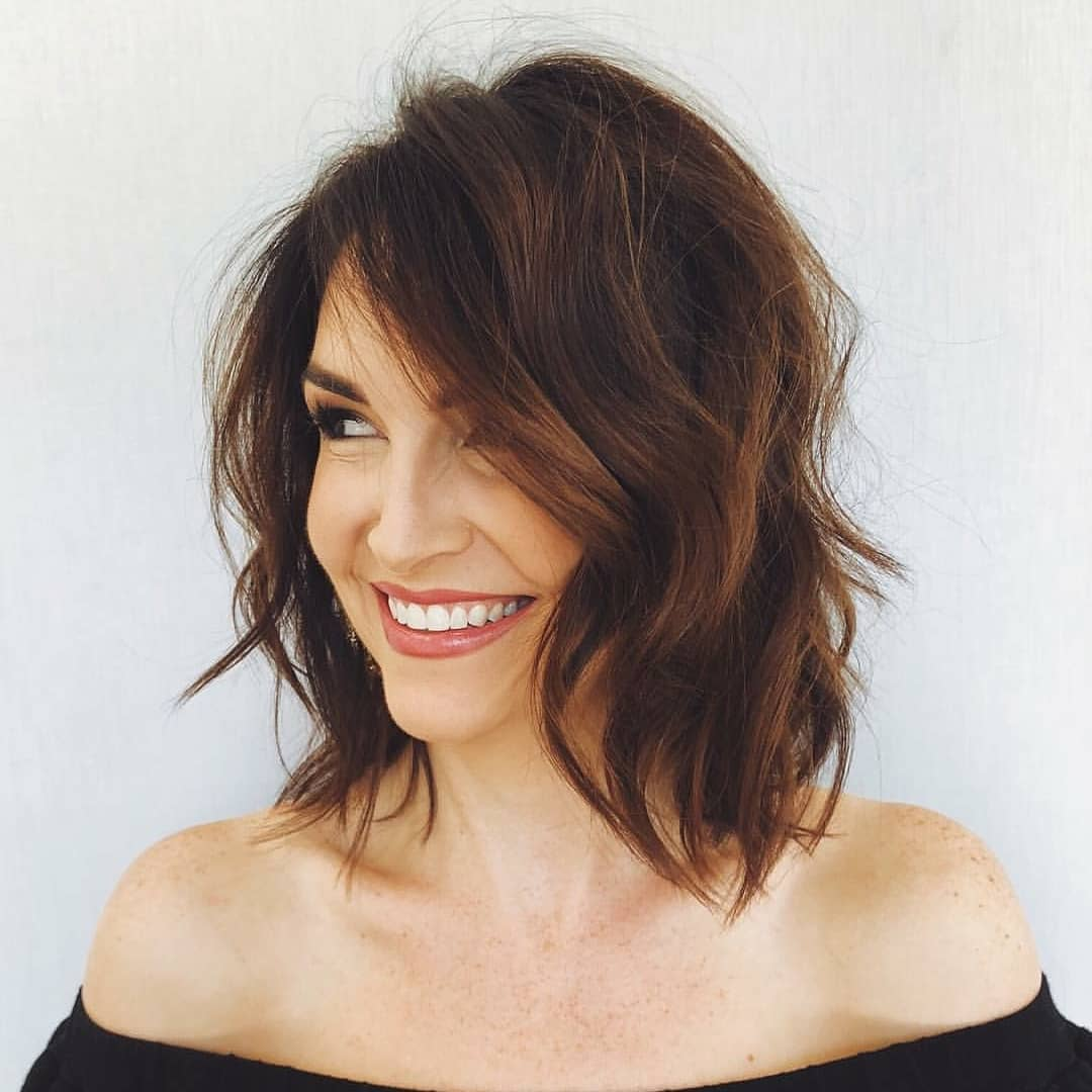 Stylish Shoulder Length Haircuts, Women Medium Hairstyles ...