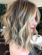 Flattering Shoulder Length Wavy Hairstyles for Women, Female Medium Haircuts