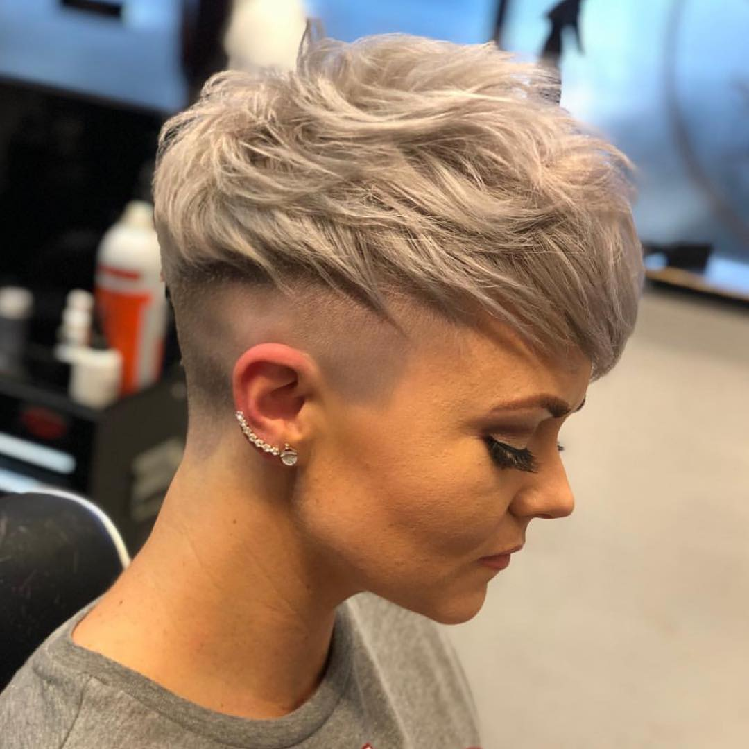 Messy Short Pixie Haircut, Very Short Hair Styles for Female