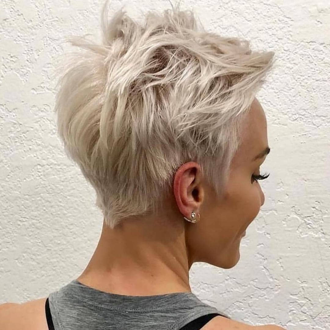 Messy Pixie Haircuts To Refresh Your Face, Women Short